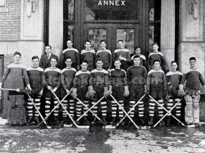 Holyoe High School Hockey, 1935